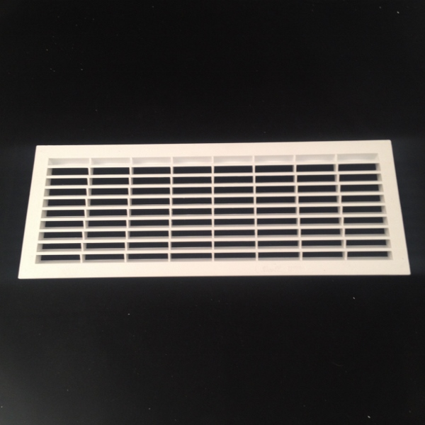 B251 RECTANGULAR VENT 376mm x 146mm